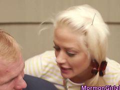 Vag Rubbing Mormon Jizzed