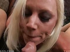 Kacey Villainess Holds Heels And Sucks
