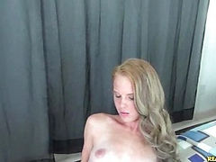 Taylorslit gets her pussy pounded.